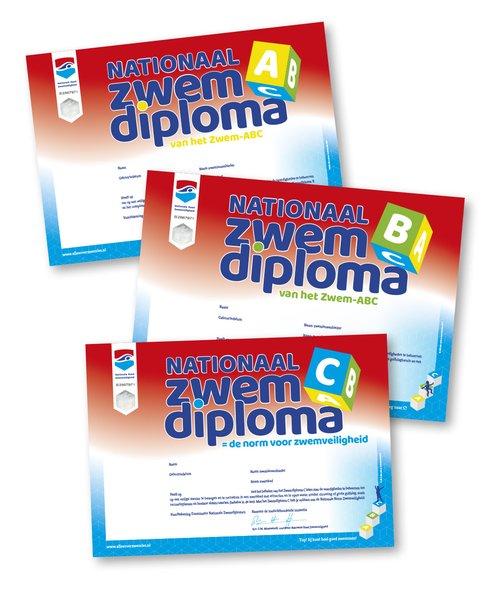 3 diploma's