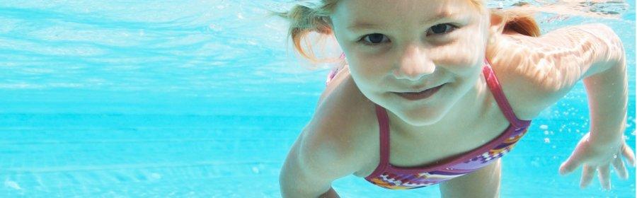 kind onder water.jpg